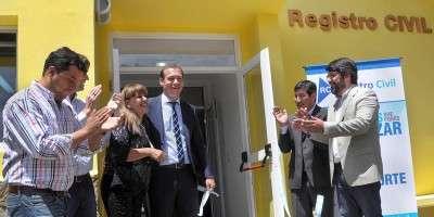 Con inauguraciones y anuncio de obras, Gutiérrez presidió el aniversario de Villa Pehuenia