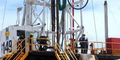 Gutiérrez se refirió a las gestiones por la situación en el sector petrolero