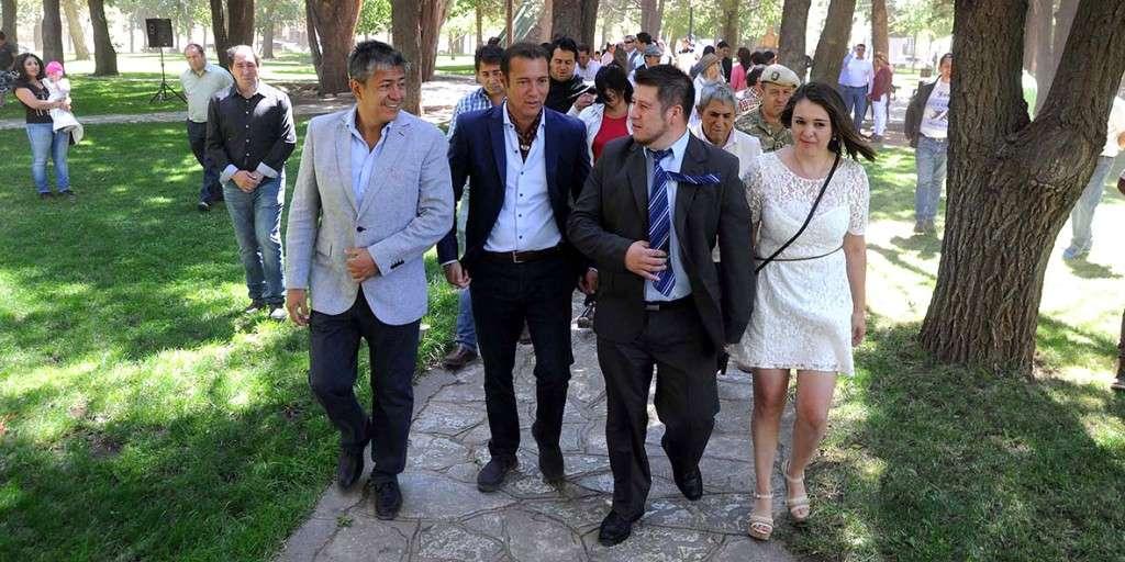El gobernador Omar Gutierrez Presente en el Acto aniversario de El Huecu