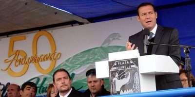 El gobernador Gutiérrez presidió los festejos por el 50º aniversario de Plaza Huincul
