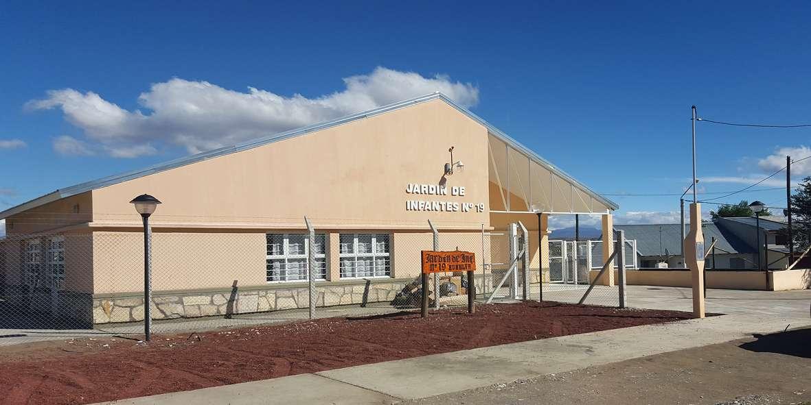 Ya est listo el nuevo edificio para el jard n 19 de las for Jardin 6 neuquen