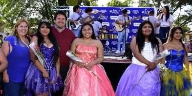Se realizaron actividades en el barrio Confluencia para festejar el Día de la Madre