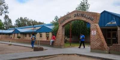 Remodelan el área de internación del hospital de Centenario