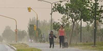 Alerta por vientos intensos en las zonas cordillerana y centro de la provincia