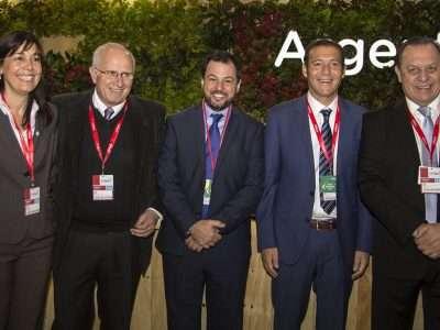 Gutiérrez participó de la apertura de la Feria Internacional de Turismo en Madrid