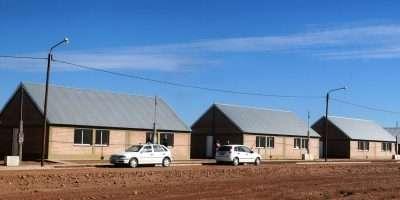 Entregan créditos para refaccionar viviendas de personas con discapacidad