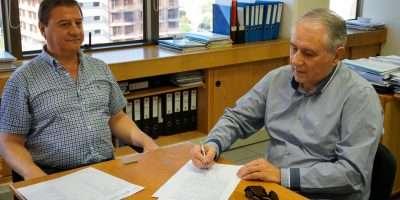 Firmaron el convenio para la construcción del CPEM 81 de Barrancas
