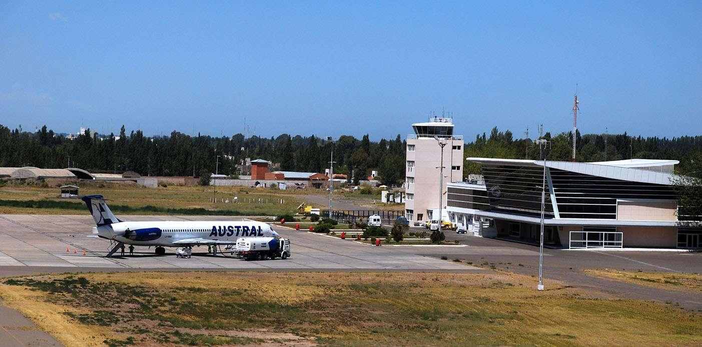 Resultado de imagen para aeropuerto Neuquén mangas telescópicas