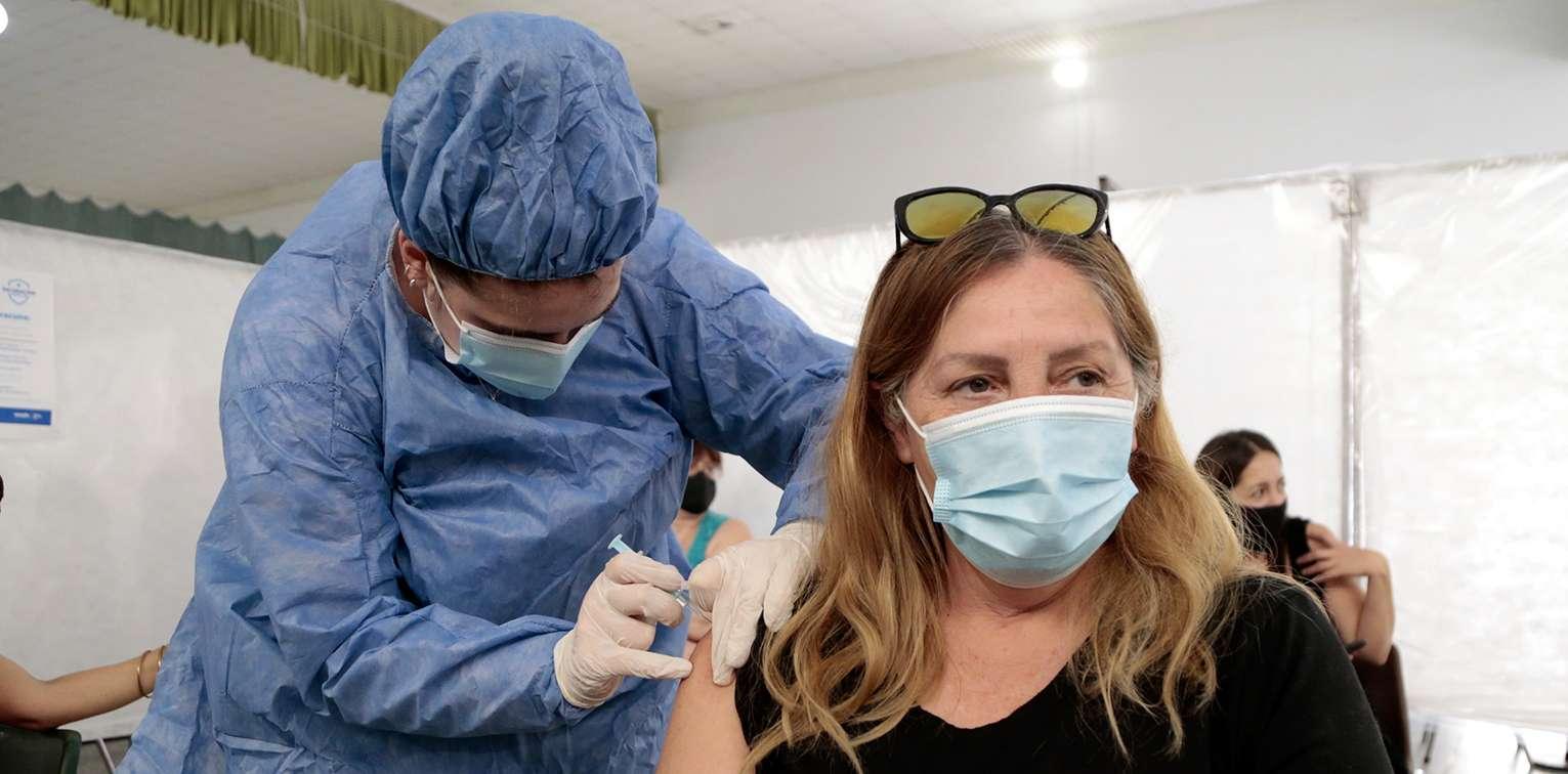 WEB-Vacunaci%C3%B3n-maestros-Colegio-Don-Bosco-_0271