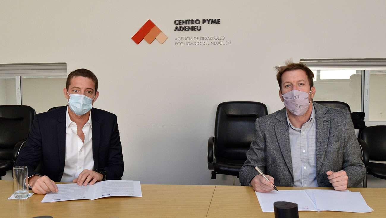 Firmaron-convenio-para-fortalecer-la-inclusi%C3%B3n-financiera-de-pymes-y-emprendedores_DSC0051